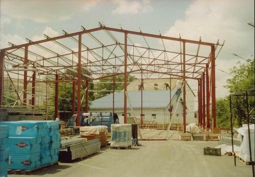 2002 – Lambda Systeme raktárcsarnok – Pécs